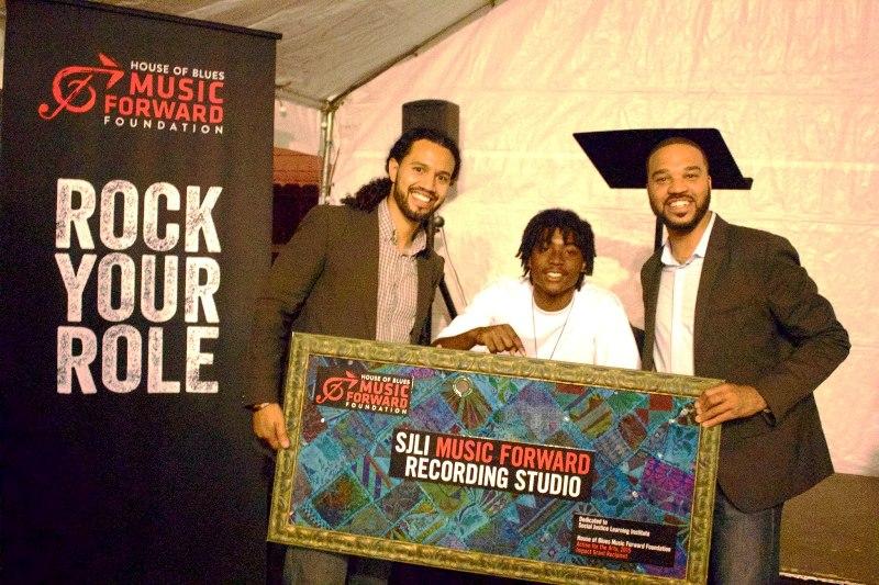 House of Blues Music Forward donates studio to Inglewood students. (photos: Justin Marks)