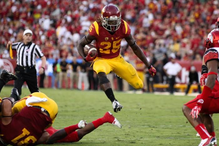 Tailback Ronald Jones Rushed 18 yards for Trojan TD Photo:  Jordon Kelly