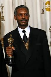 Willie Burton, holding his Oscar for Dreamgirls. (courtesy photo)