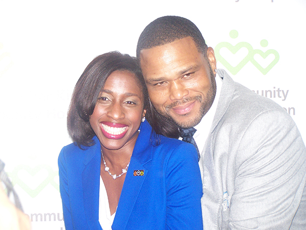 Dr. Mendel Briggs-Malonson and Game Changer honoree Anthony Anderson.
