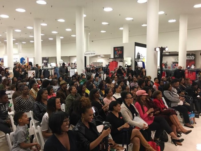 Intimate crowd of onlookers listening to singer Monica and actress Jurnee Smollett Bell's Black History Month panel discussion at the Baldwin Hills Crenshaw Plaza Macy's store. (Brittany Jackson/ LA Sentinel)