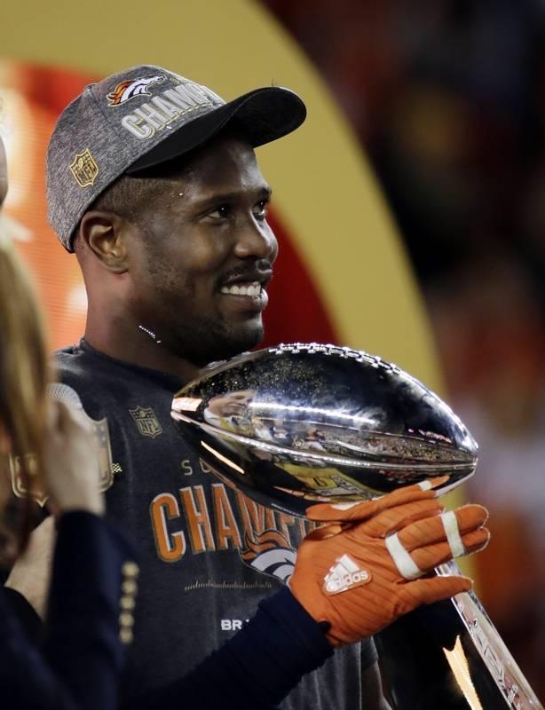 Broncos Linebacker Von Miller Celebrates Super Bowl 50 Win!  Photo:  Associated Press