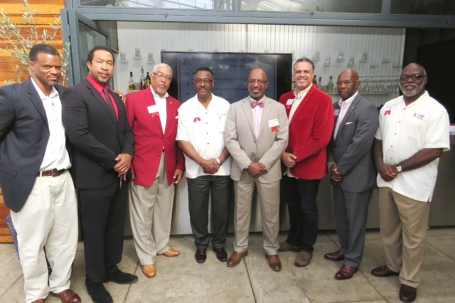 Members of the five Los Angeles area alumni chapters of Kappa Alpha Psi Fraternity united to raise funds to aid the Flnt, MI water crisis. (photo by Gary Harbour)