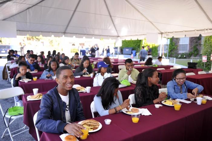 Youth participants listen to panel discussion. (Valerie Goodloe/LA Sentinel)