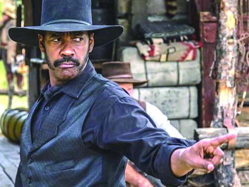 the-magnificent-seven-denzel-washington-2-600x450