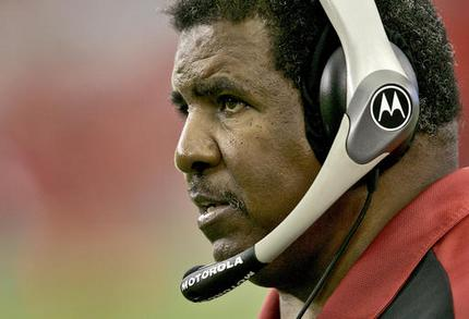 FILE - In this Nov. 19, 2006, file photo, Arizona Cardinals head coach Dennis Green watches from the sidelines during the second quarter of an NFL football game against the Detroit Lions in Glendale, Ariz. Green, a trailblazing coach who led a Minnesota Vikings renaissance in the 1990s and also coached the Cardinals, has died. He was 67. Green's family posted a message on the Cardinals website on Friday, July 22, 2016,  announcing the death.(AP Photo/Matt York, File)