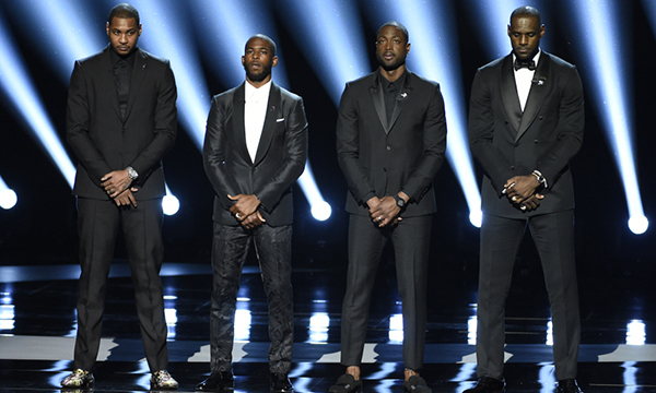 NBA players Carmelo Anthony, from left to right, Chris Paul, Dwyane Wade and LeBron James speak on stage at the ESPY Awards at the Microsoft Theater on Wednesday, July 13, 2016, in Los Angeles. (Photo by Chris Pizzello/Invision/AP) ORG XMIT: CADA152