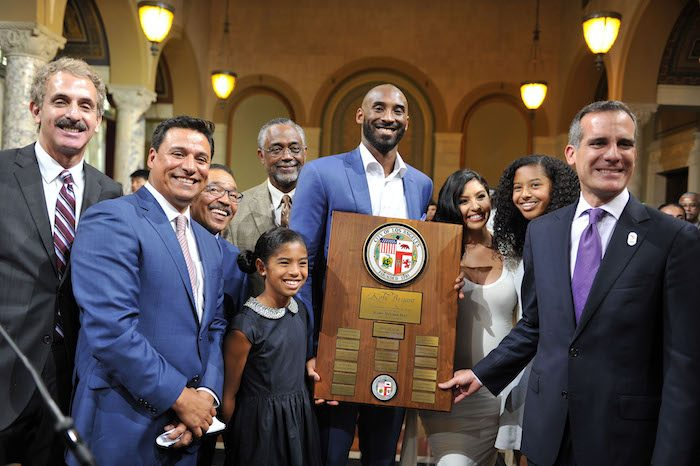 (left to right) L.A. City Attorney Mike Feuer, L.A. City Councilmember Jose Huizar, L.A. City Council President Herb Wesson, Gianna Bryant, L.A. City Councilmember Curren Price, Kobe Bryant, Vanessa Bryant, Natalia Bryant and L.A. City Mayor Eric Garcetti. (PHOTO BY VALERIE GOODLOE) PHOTOS BY VALERIE GOODLOE