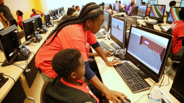 NOMA Architecture and Engineering Summer Camp provides underserved youth face-to-face interaction with senior design professionals.(courtesy foxxmedia)