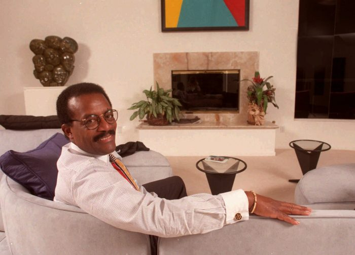 Attorney Johnnie Cochran Jr. sits in the living room of his home in the Los Feliz area of Los Angeles, Wednesday, Oct. 25, 1995. Cochran said he expects O.J. Simpson to testify at a civil trial, unless Simpson settles the multimillion dollar wrongful death lawsuits against him. (AP Photo/Los Angeles Daily News, Tina Gerson)