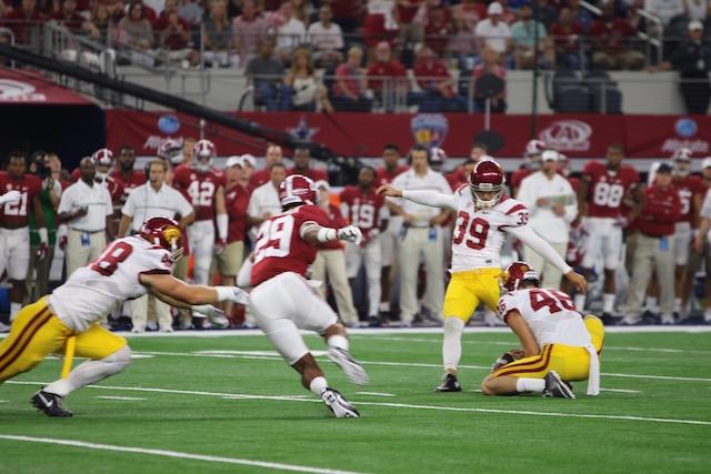 USC Kicks Field Goal in Worst Loss Since 1966.  Photo:  Gregory Redding