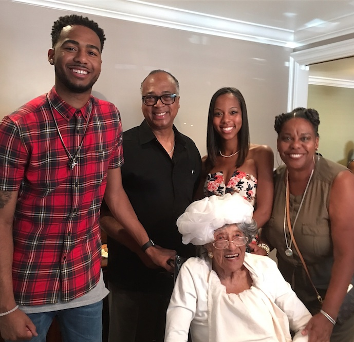 Travis Jr., Travis Sr., Trenais and Charlotte Roberts with their aunt, Ruby Norman. (photo by O.D. Threatt)