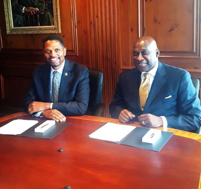 (L-R) Jesse J. Tyson, President & CEO, The National Black MBA Association (NBMBAA)  Karl W. Reid, Ed.D, Executive Director, The National Society of Black Engineers (NSBE)