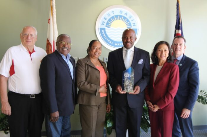 West Basin Directors Donald L. Dear, Division V; Harold Williams, Division I; Gloria Gray, Division II; Assemblymember Mike Gipson, 64th District; Carol Kwan, Division III, President; Scott Houston, Division IV. (courtesy of West Basin)