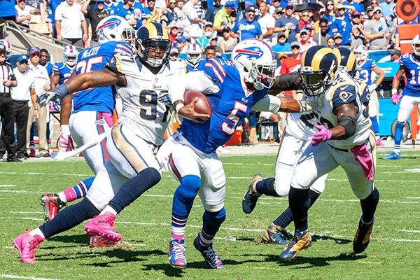 Bills quarterback Tyrod Taylor (No. 5) (Robert Torrence/ L.A. Sentinel)