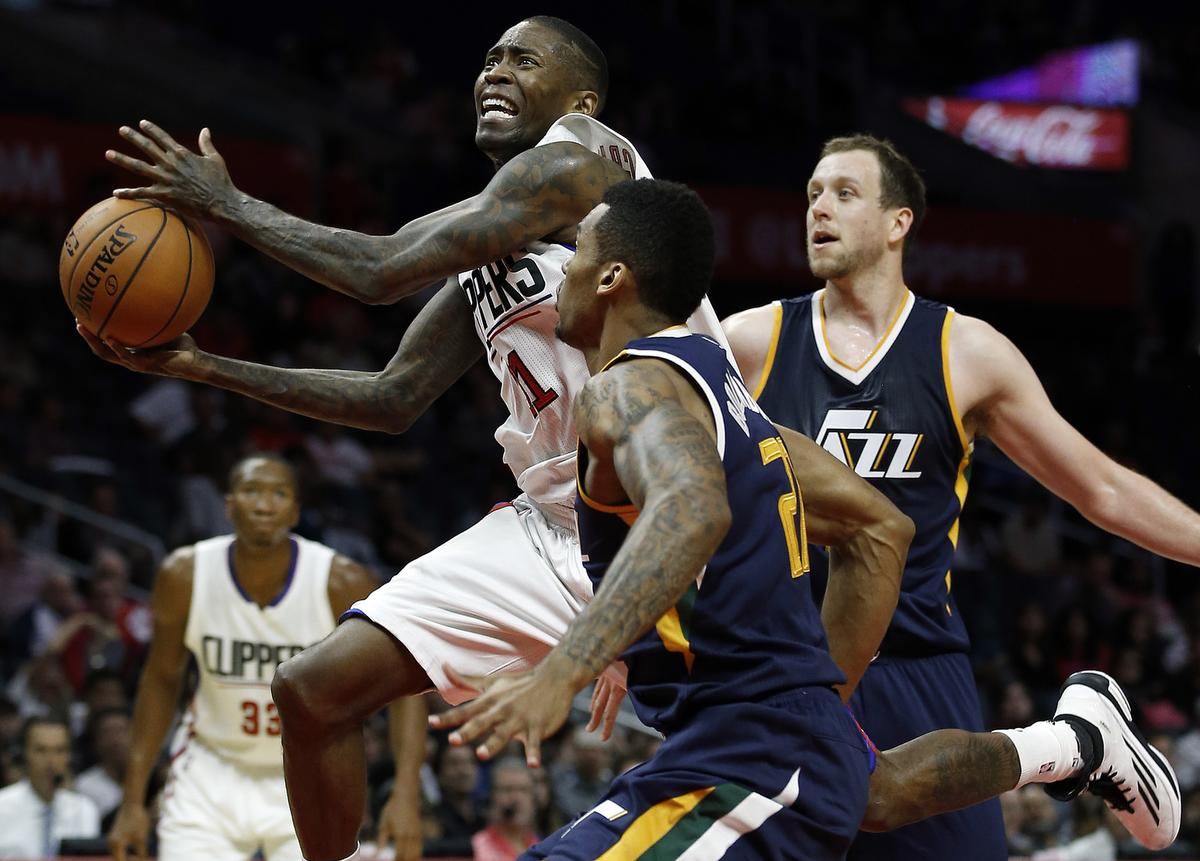 Clippers and Lakers Win at Home for Tipoff Weekend - Los Angeles ... 5e7d320c0