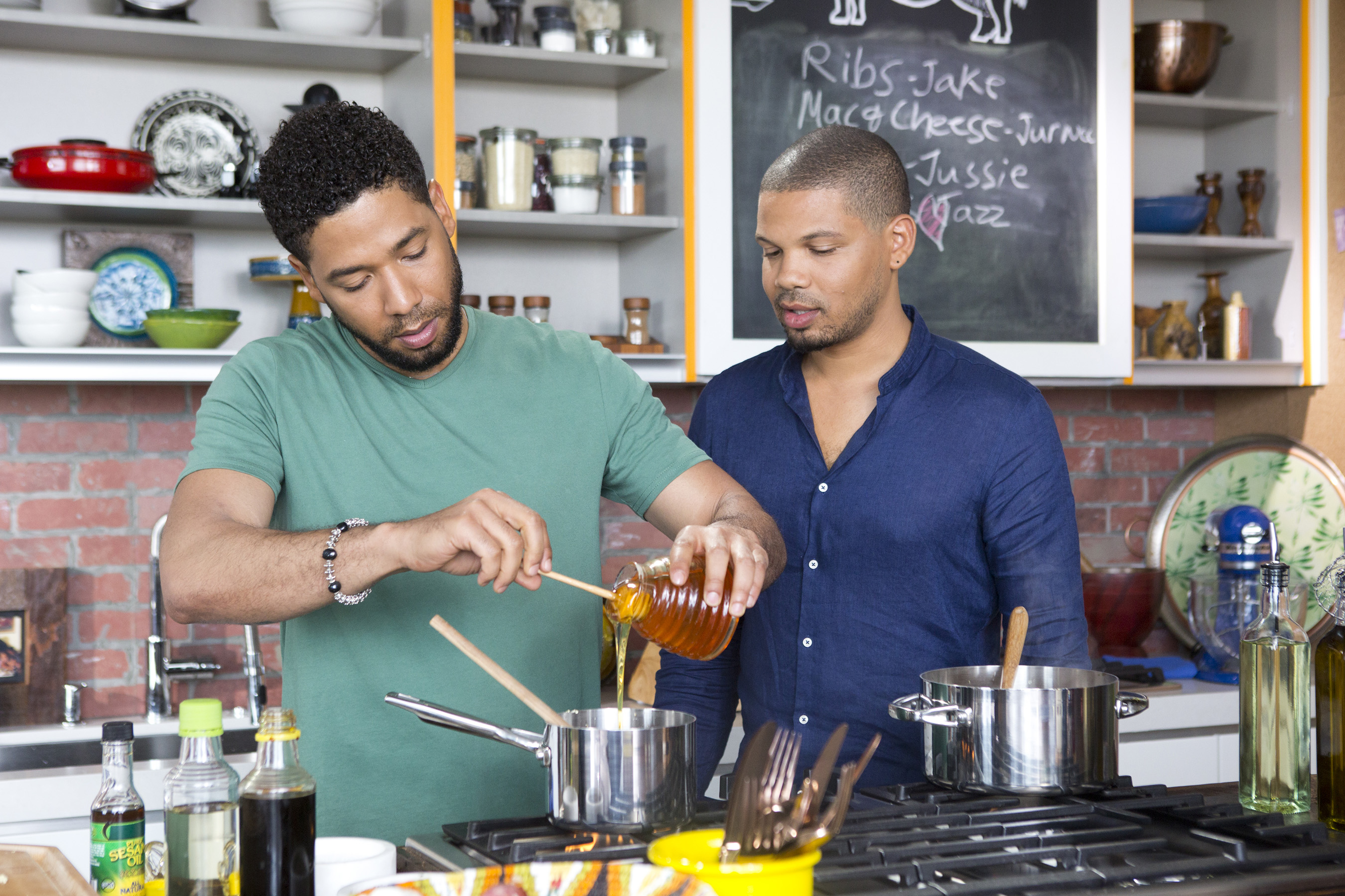 Actor Jake Smollett Now the Quintessential Home Chef - Los