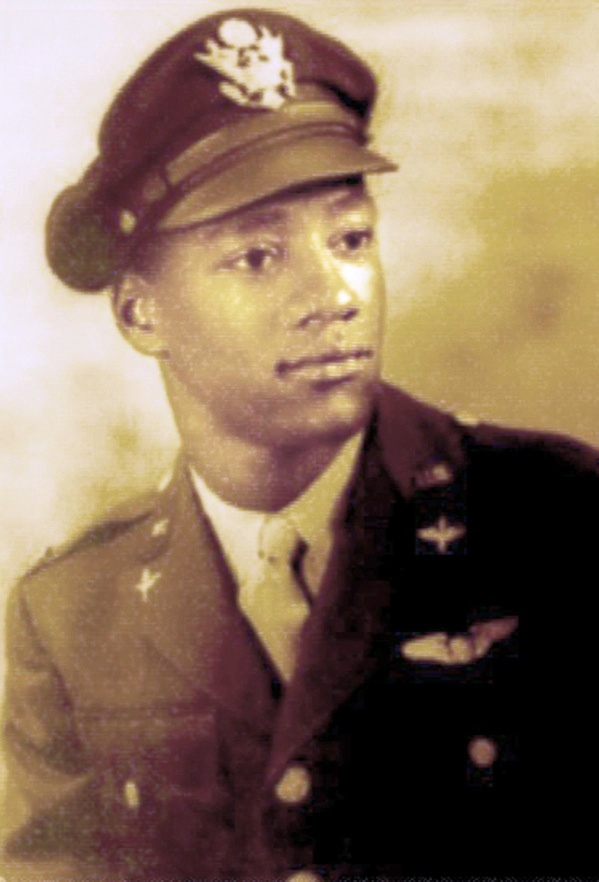 In this World War II era photo provided by the family of Herbert Thorpe, Thorpe is seen in a formal military portrait. On Friday, Nov. 11, 2016, (Thorpe family photo via AP)