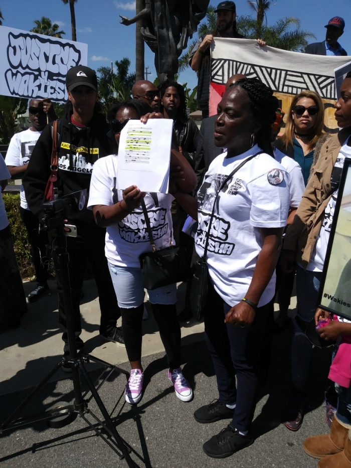 Wakiesha Wilson's mother Lisa Hines addresses reporters during rally on March 27 in Watts. (Photo by Christopher X/In the Works Media)