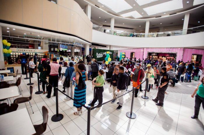 Crowd(photo by Rudy Espinoza)