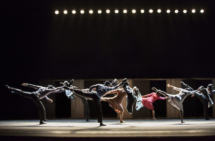 Walking Mad Alvin Ailey American Dance Theater Choreography: Johan Inger Photo ©2016 Paul Kolnik studio@paulkolnik.com
