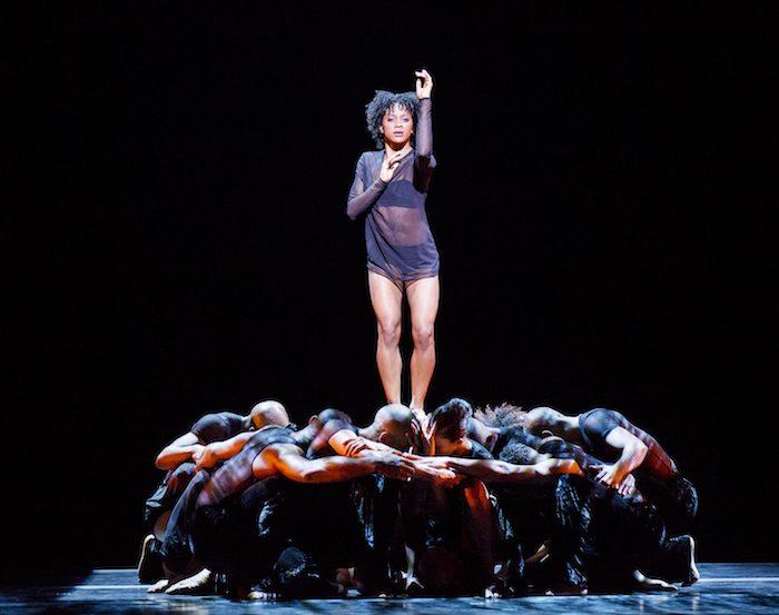 Deep Choreographer :Mauro Bigonzetti Alvin Ailey American Dance Theater Credit Photo: Paul Kolnik studio@paulkolnik.com nyc 212-362-7778