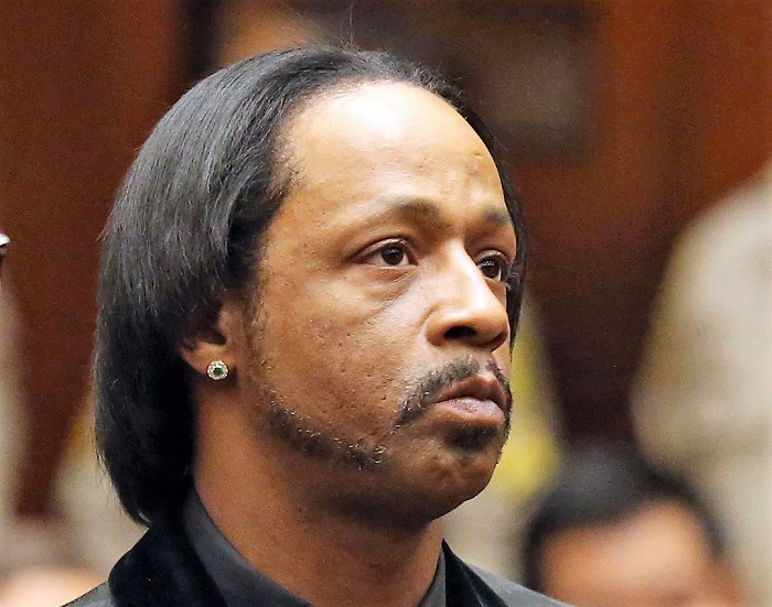 "Comedian Katt Williams appears in court for his arraignment on robbery charges, Tuesday, Oct. 27, 2015 in Los Angeles. Charges were filed against Williams and former rap mogul Marion ""Suge"" Knight after a celebrity photographer accused them of taking her camera last year. Both pleaded not guilty in the September, 2014 incident in Beverly Hills. (Frederick M. Brown/Pool via AP)"