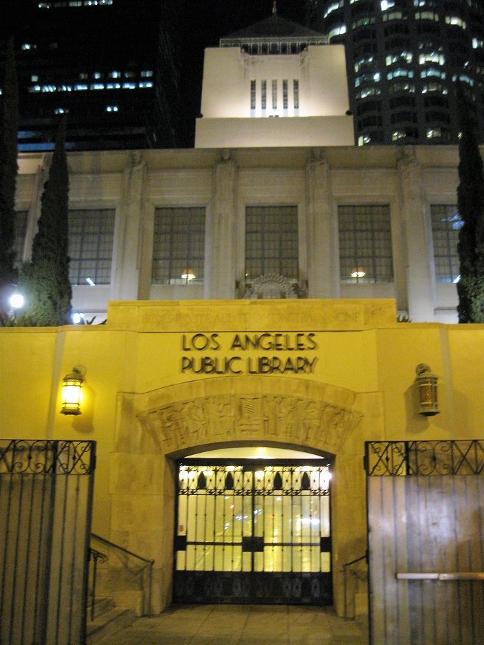 Los angeles county library offers free family passes to for La county public library