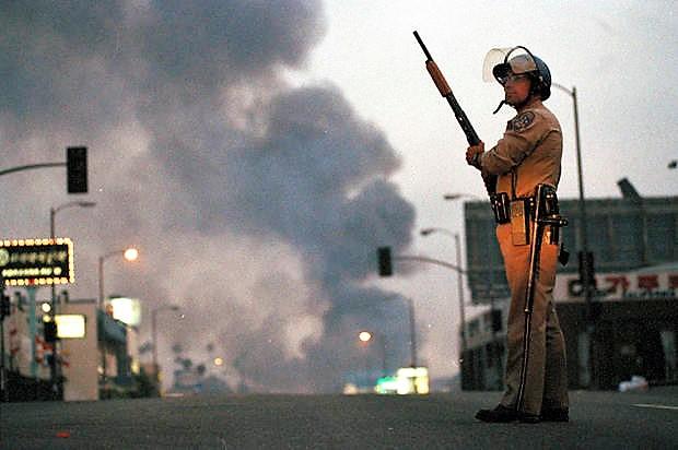 L.A. Uprising 1992 Credit: AP/David Longstreath
