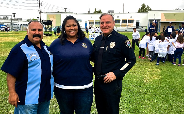 Inglewood PD Welcomes L A  Chargers' Rookies to Highland