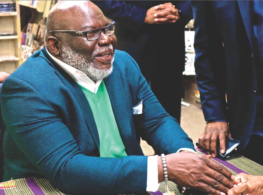 Bishop T D  Jakes' Book 'SOAR' Teaches How to Build Your