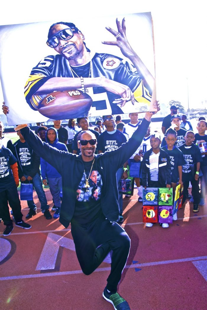 18dd2b04 Snoop League's Super Bowl XIV Is More Than Football and Cheer - Los ...