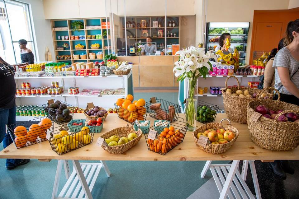 Hank 39 S Mini Market Now Offers Fresh And Healthy Food Los