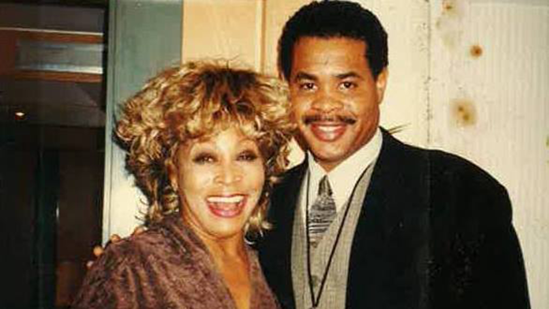 Photo of the Day: Tina Turner Says Goodbye to Son, Read ...