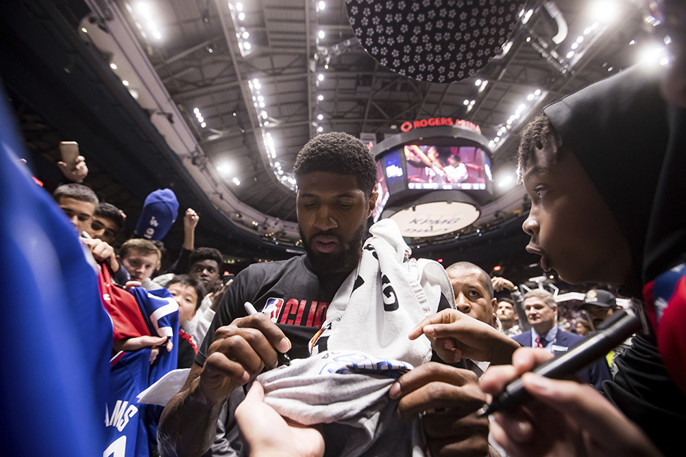 The Clippers Love Their Fans From Around The World Los
