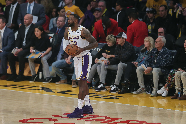 Luka Doncic Mavericks Spoil Lakers 10 Game Winning Streak